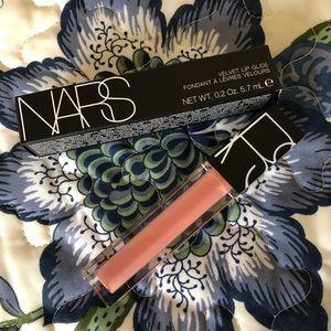 NWT NARS Velvet Lip Glide in Unlaced - Semi-Matte